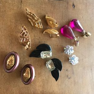 A whole Bunch if Vintage Clip On Earrings!